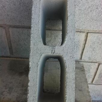 Bloco Estrutural 14x19x39cm Vazado - 4,5mpa Nbr 6136